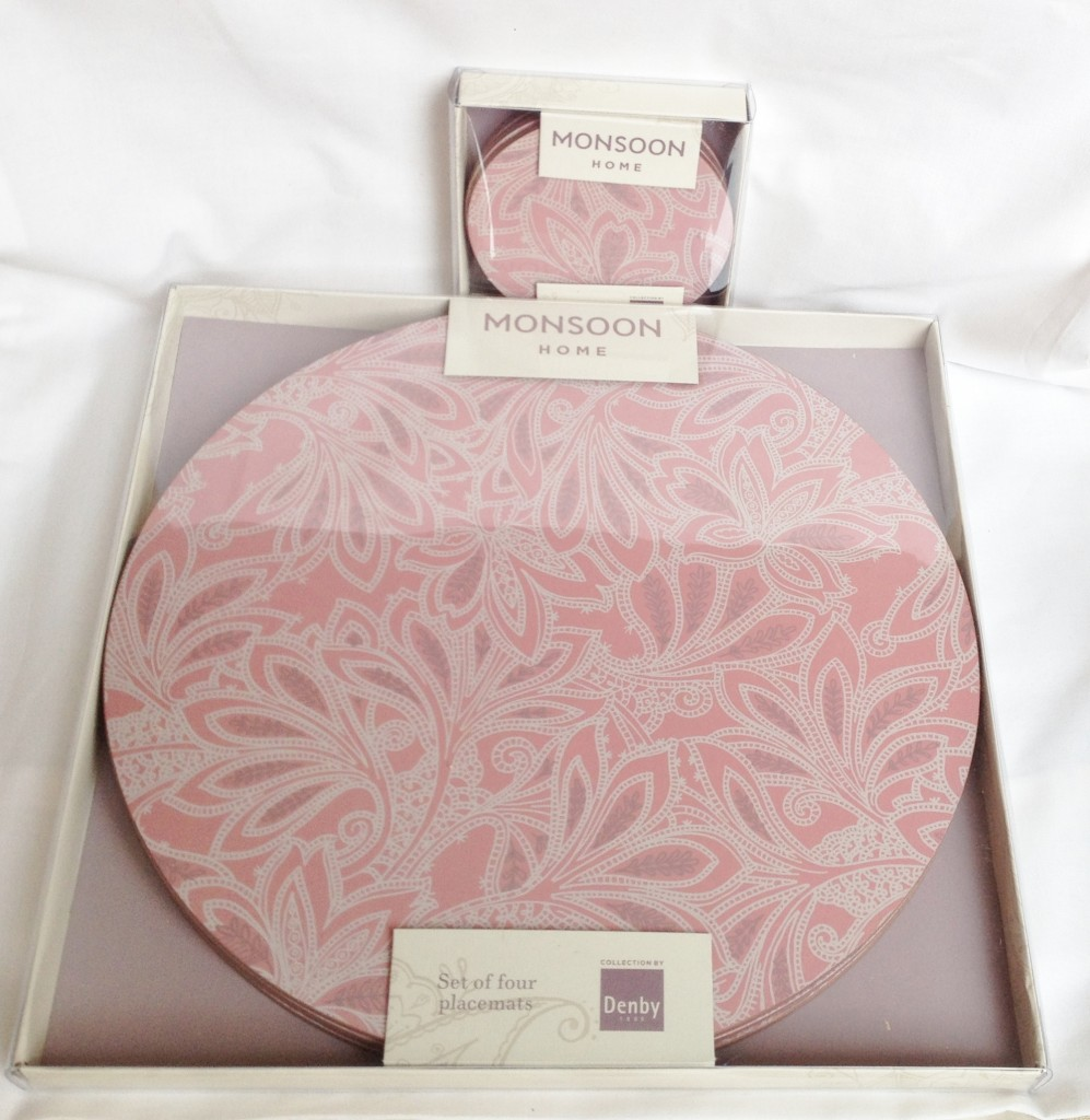 Nivag Crockery: Denby - Monsoon: 4 Chantilly Pink Placemats and 4 ...