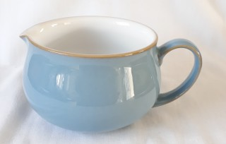 Nivag Crockery: Colonial Blue